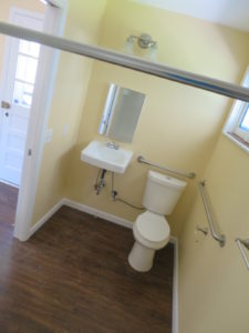 Wheelchair Bath 225x300 - (CONTRACT PENDING) 1013 Royal Ct, Cheswick, PA 15024
